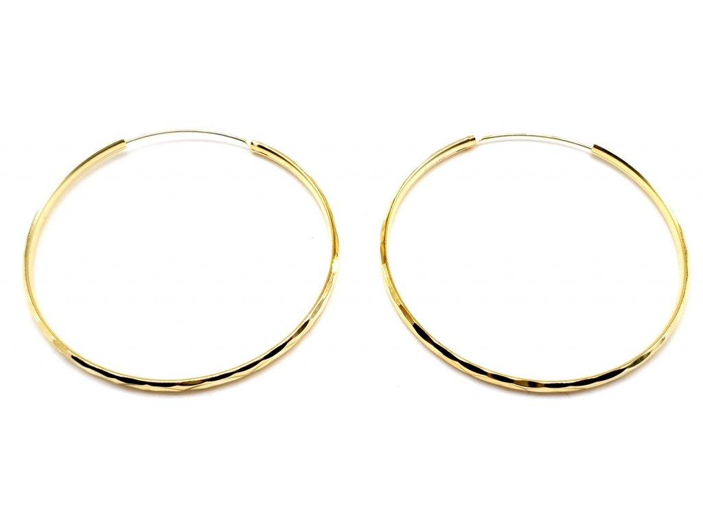 98460 pozlacene kruhove nausnice s geometrickym povrchem 5 0cm