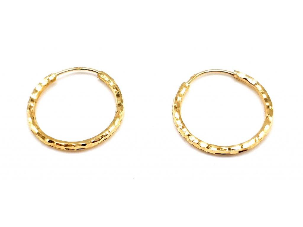98355 zlate kruhove nausnice s geometrickym povrchem 1 5 cm