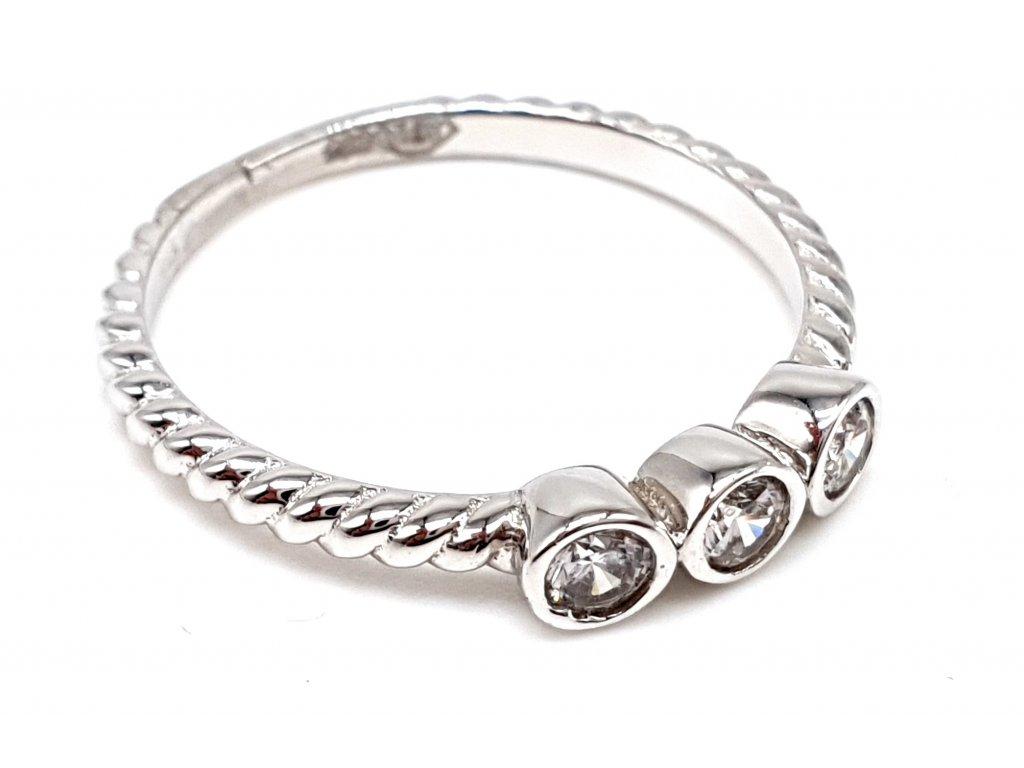 Celozlatý bílý prsten s třemi zářivými zirkony (Velikost prstene 52 mm)