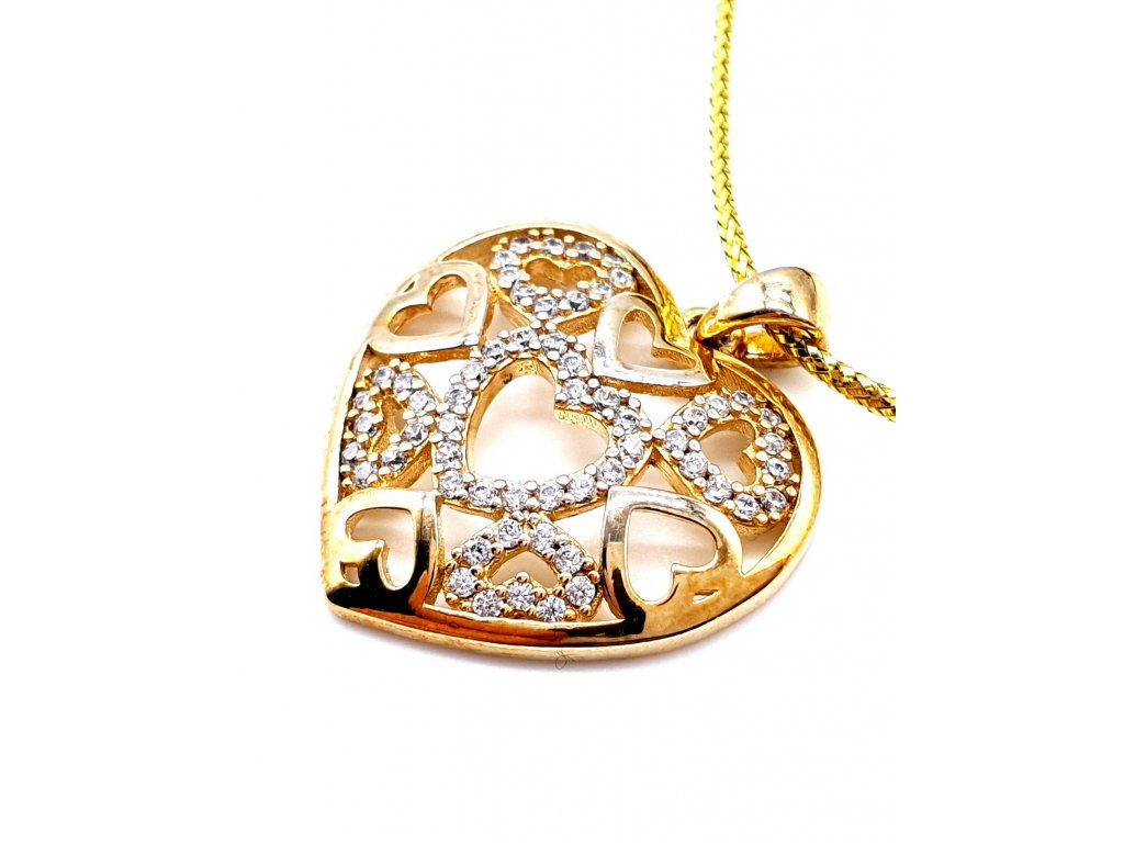 58152 pozlacene srdce tvorene srdcovym reliefem se zirkony