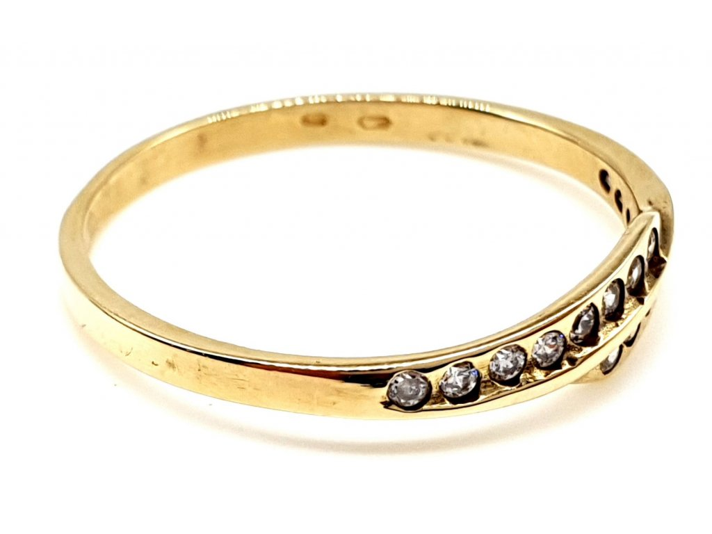 57327 vlnivy zlaty prsten s radou zirkonu 52mm