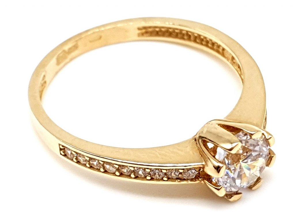 Zásnubní prsten ze zlata s překrásným kubickým zirkonem (Velikost prstene 53 mm)