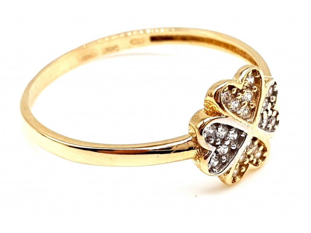 Zlatý prsten ve tvaru čtyřlístku zdobený zirkony (Velikost prstene 56mm)