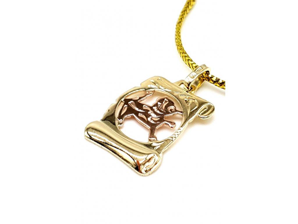 57222 zlaty privesek ve tvaru pergamenu znameni lev