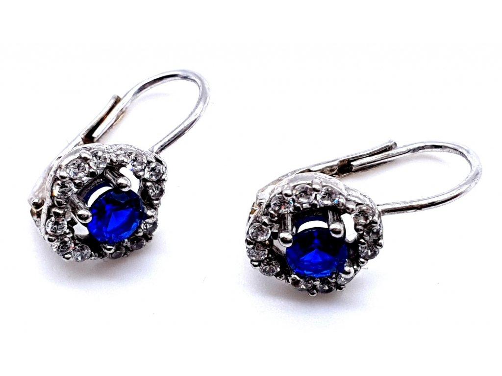 Stříbrné náušnice s modrým kamenem