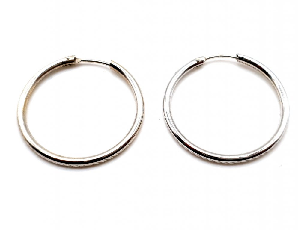 Hladké stříbrné kruhové náušnice - 2,5 cm