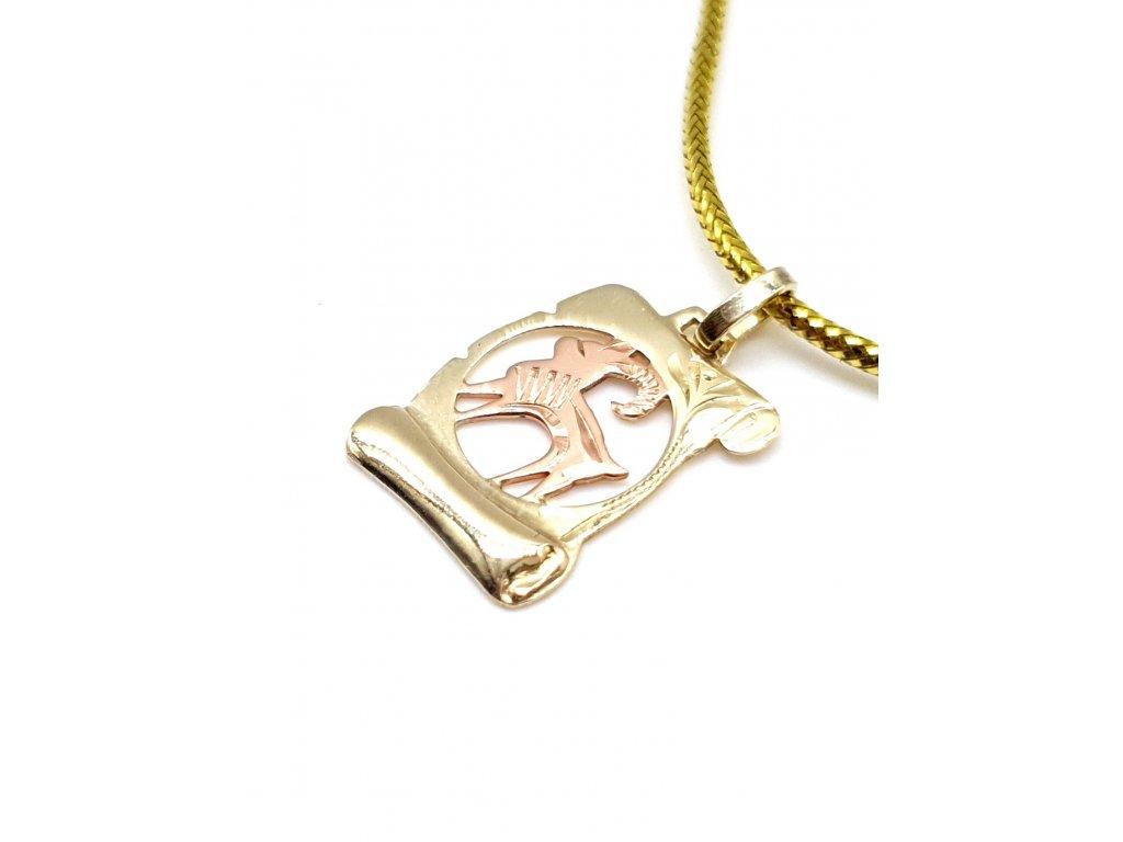 Zlatý přívěsek ve tvaru pergamenu - znamení Kozoroh