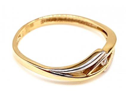 Netradiční bi-color prsten s centrálním zirkonem (Velikost prstene 51mm)