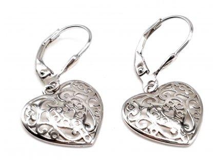 Visací stříbrné náušnice ve tvaru srdce