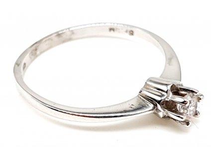 Decentní zásnubní prsten z bílého zlata (Velikost prstene 50mm)