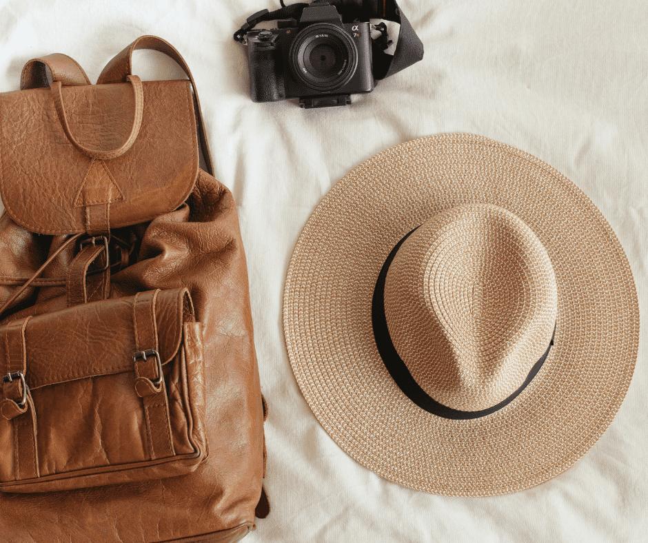 8 nezbytností, které si rozhodně přibalte na letní festival
