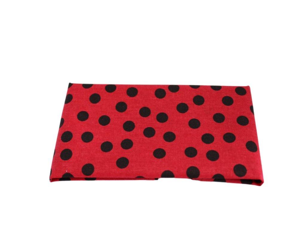 Červený kapesníček do saka s černými puntíky