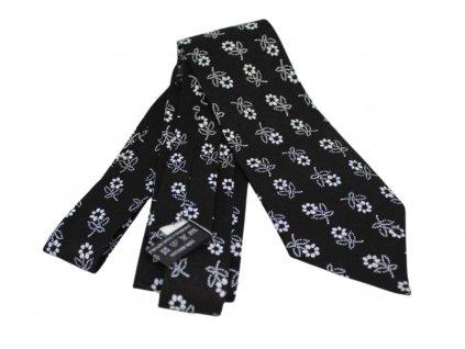 Černá kravata s bílými kytičkami