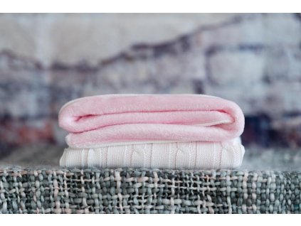 vyr 264dievcenska ruzova deka