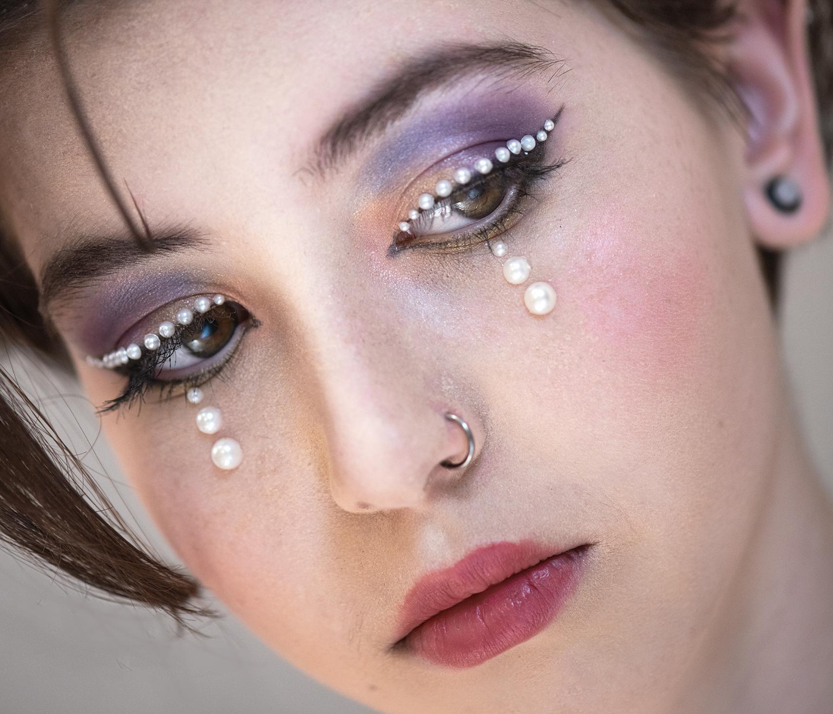 Netradiční make-up: popusťte uzdu své fantazii