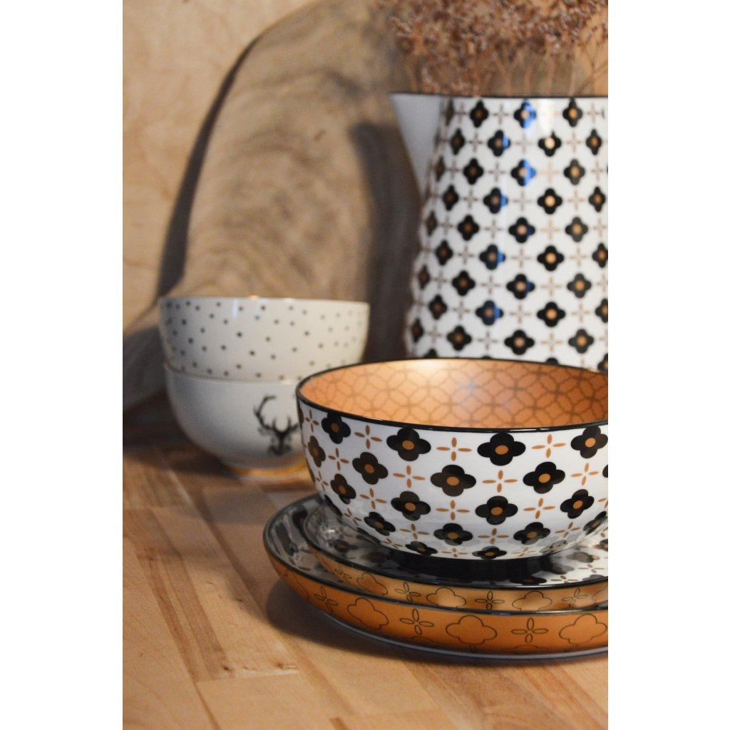 Porcelánové talíře a miska s černými květy Marigold