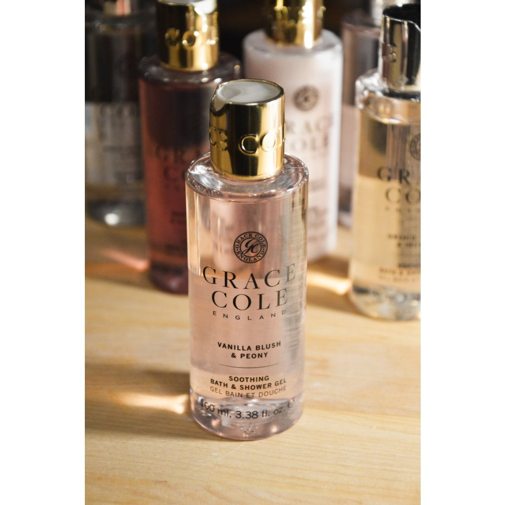 Uklidňující koupelový a sprchový gel Vanilla Blush and Peony - Vanilkový ruměnec a pivoňka