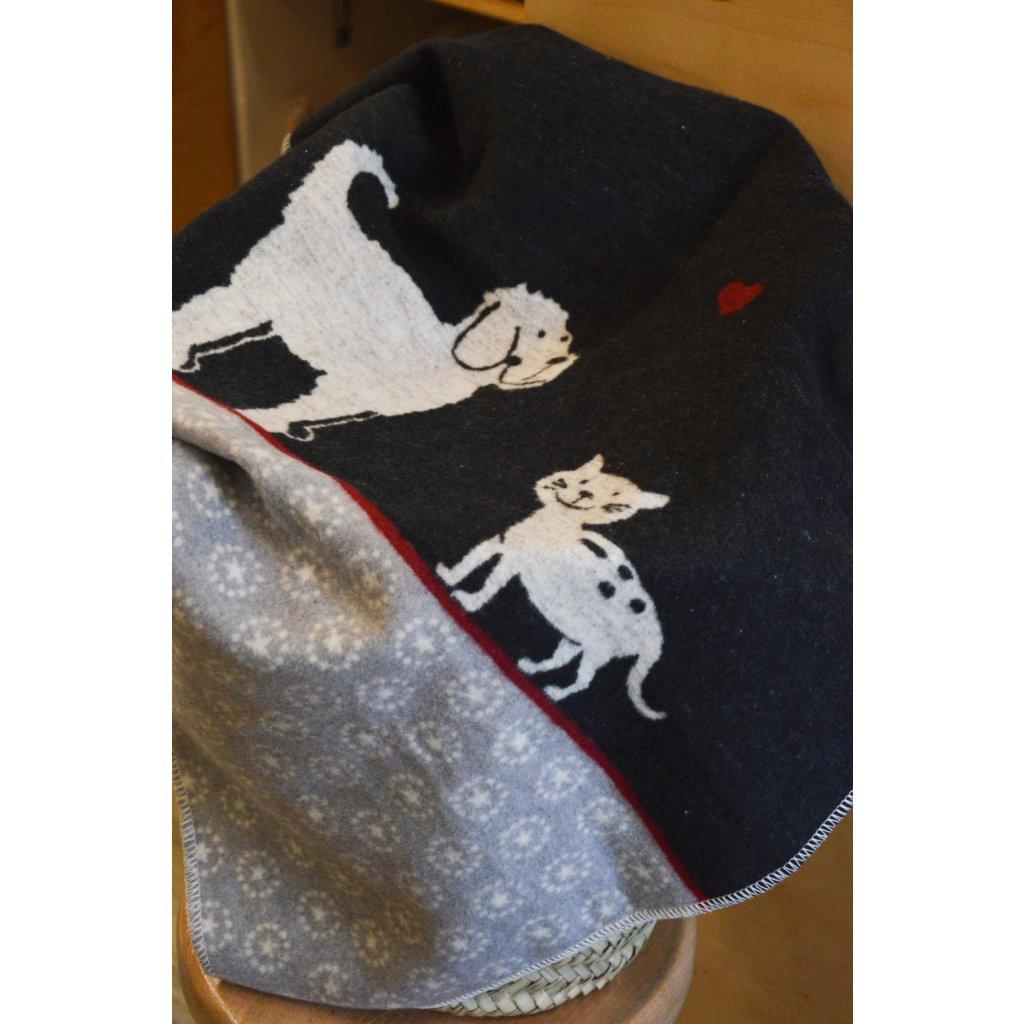 Dětská deka s pejskem a kočičkou