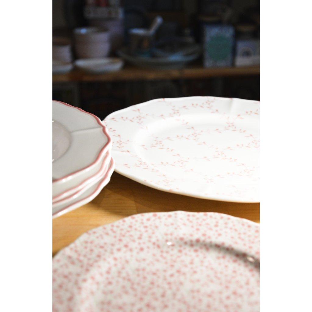 Porcelánový mělký talíř bílý s růžovými květinkami