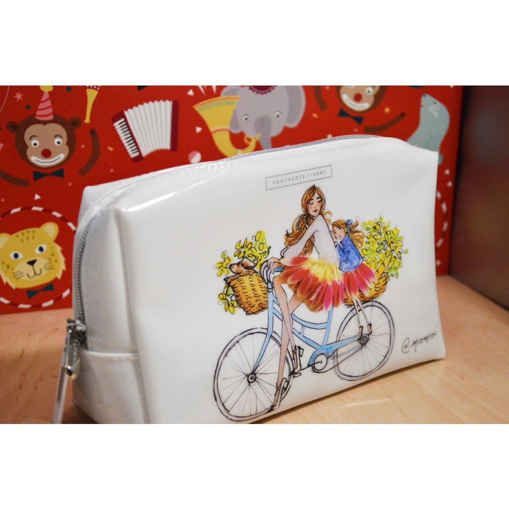 Kosmetická taštička dívky na kole
