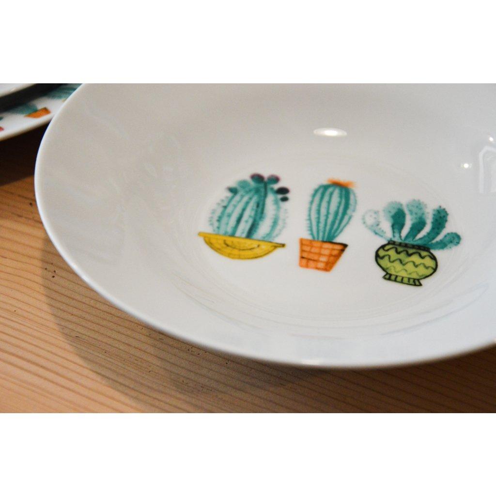 Porcelánový talíř Tři kaktusy