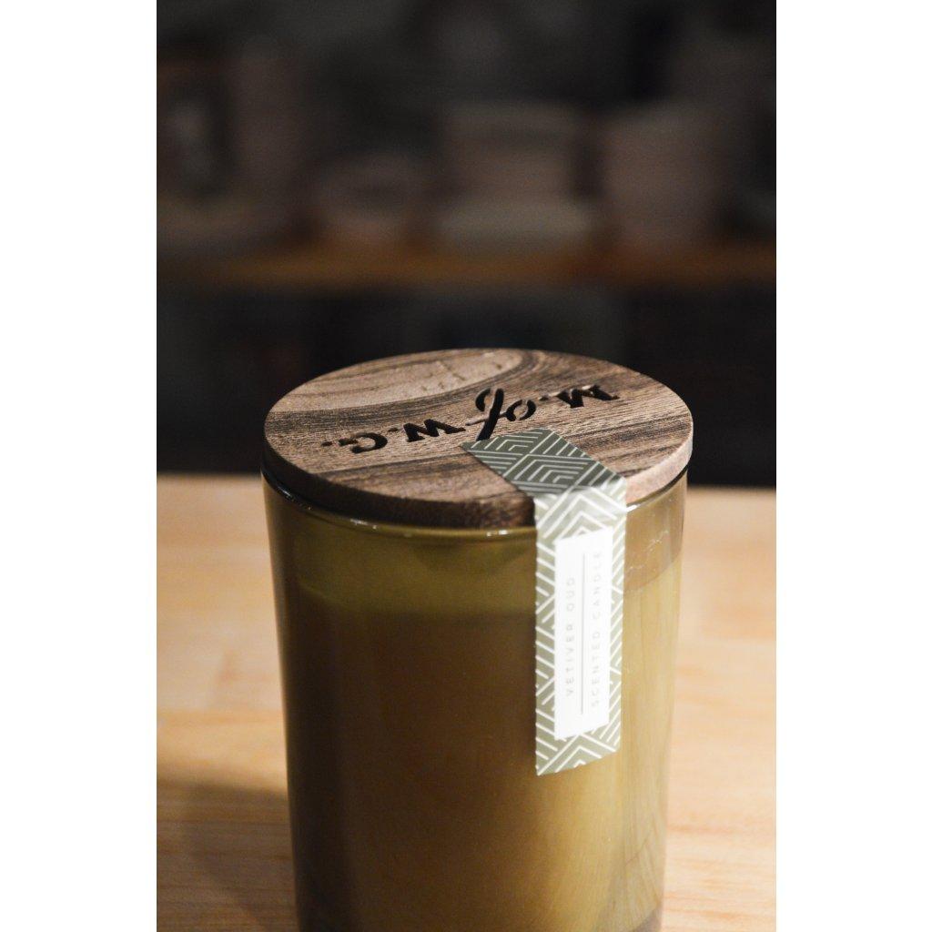 Svíčka ve skle Vetiver Oud - Extrakt z Indiánského a rudého dřeva