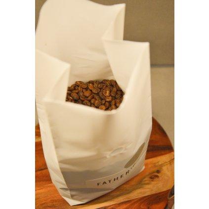 Guatemala – Red de mujeres - zrnková káva na filtr 1 kg