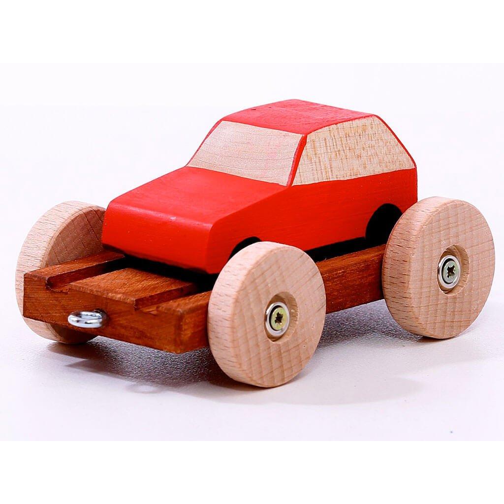 vagonek s cervenym autem 02