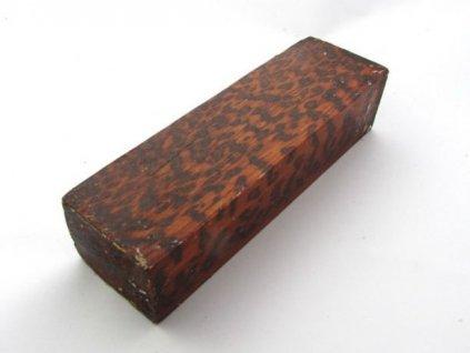 Dřevo Snakewood