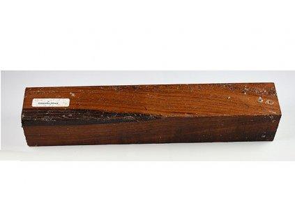 Dřevo Goncalo Alves 30 cm