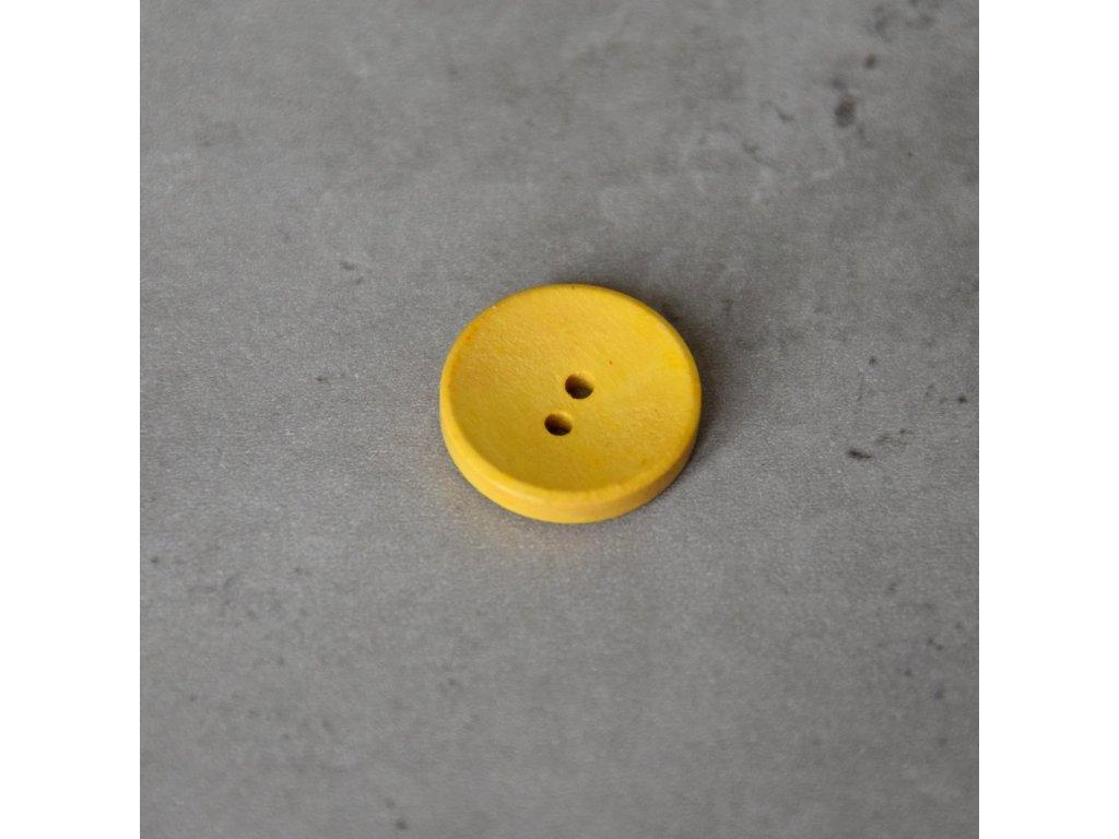 Dřevěný dekorační knoflík - žlutý