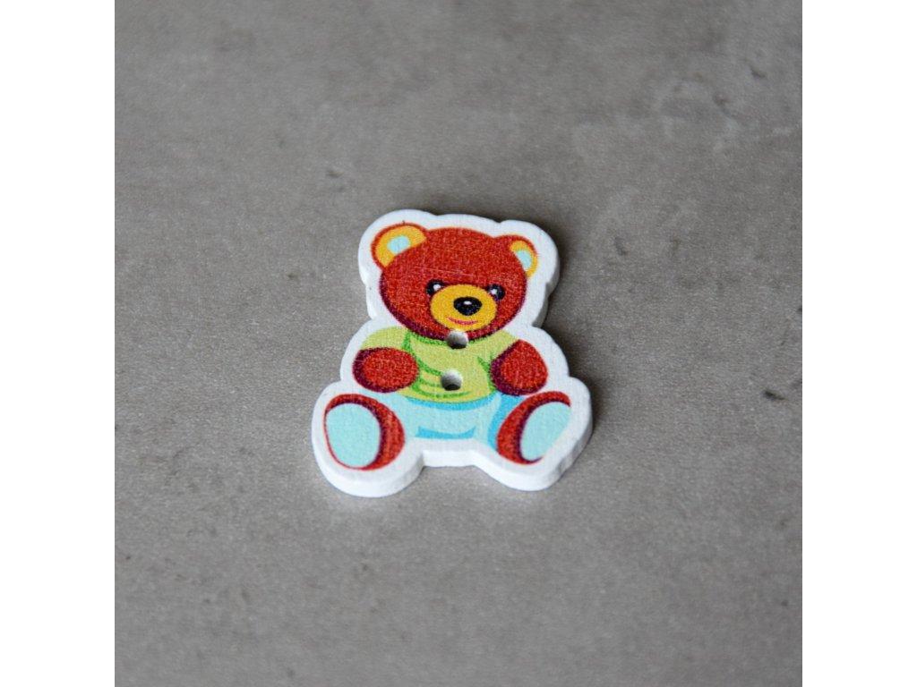 Dřevěný dekorační knoflík - medvídek - zelený