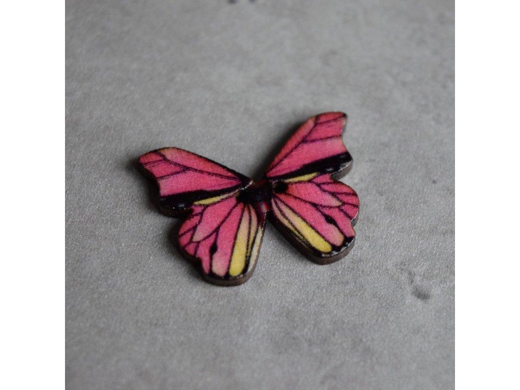Dřevěný dekorační knoflík - motýl - růžový