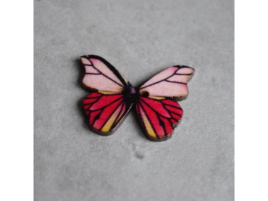 Dřevěný dekorační knoflík - motýl - růžovobílý