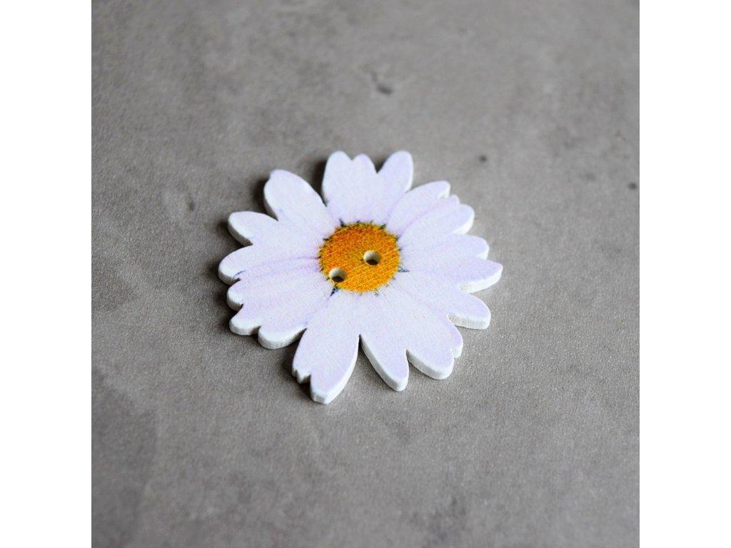 Dřevěný dekorační knoflík - květ - bílý
