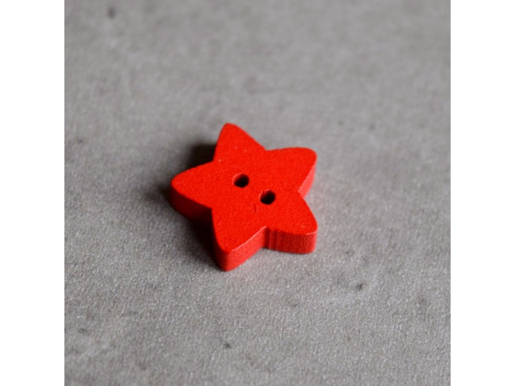 Dřevěný dekorační knoflík - hvězdička - červená
