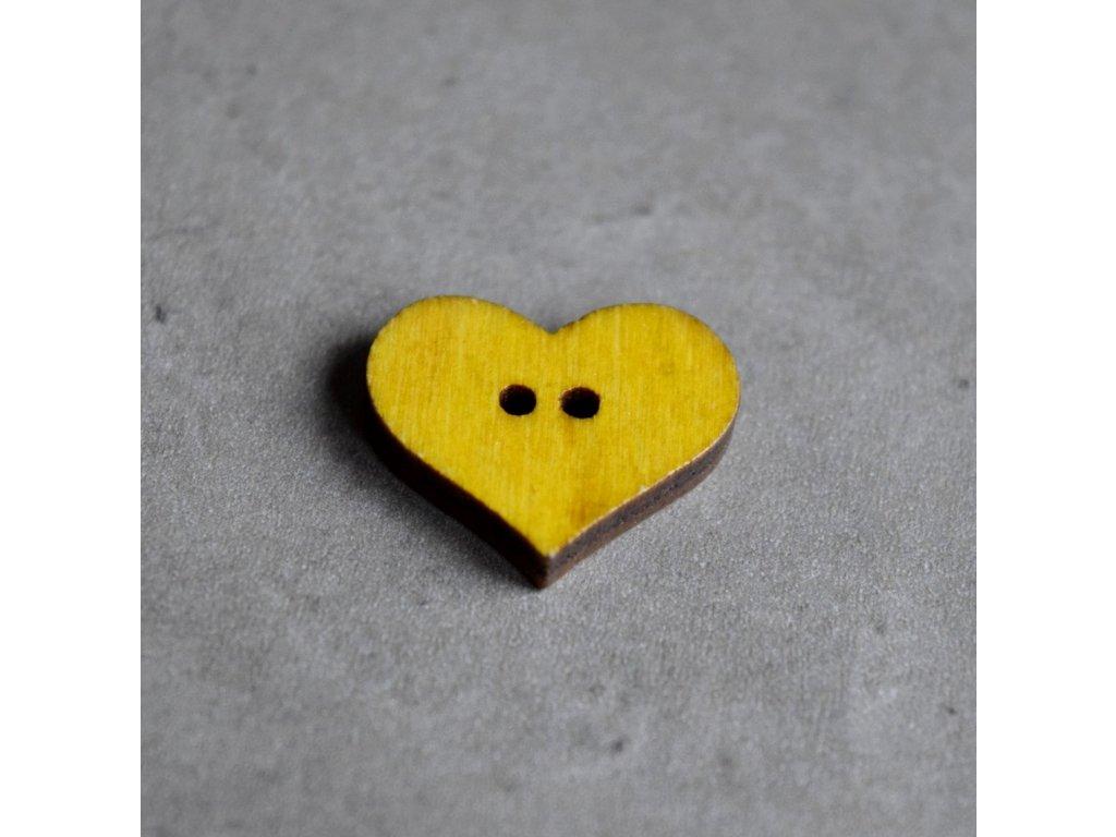 Dřevěný dekorační knoflík - srdce - žluté