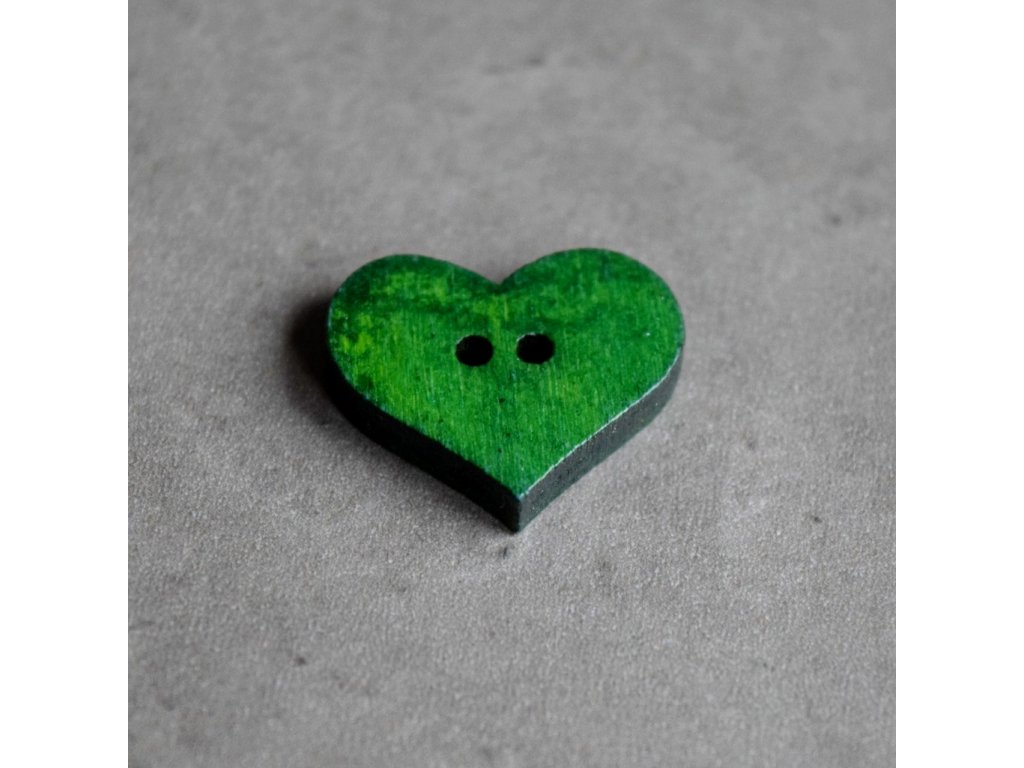 Dřevěný dekorační knoflík - srdce - zelené
