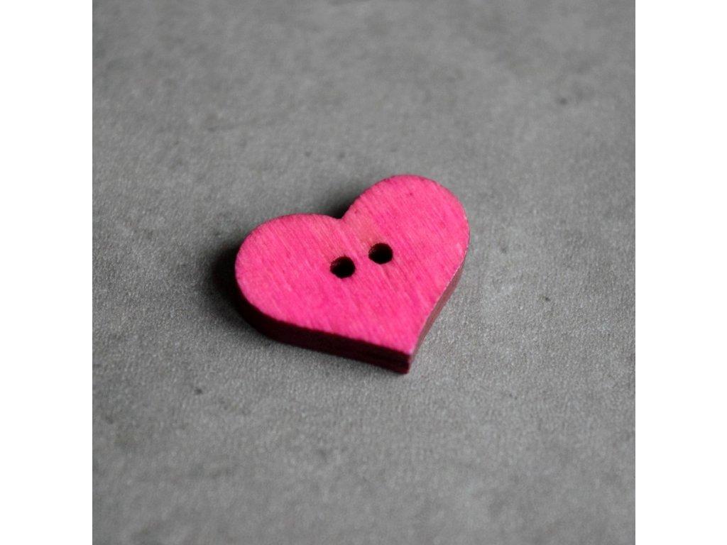 Dřevěný dekorační knoflík - srdce - světle růžové