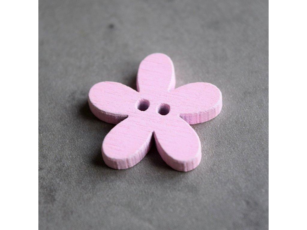 Dřevěný dekorační knoflík - květina - světle růžová
