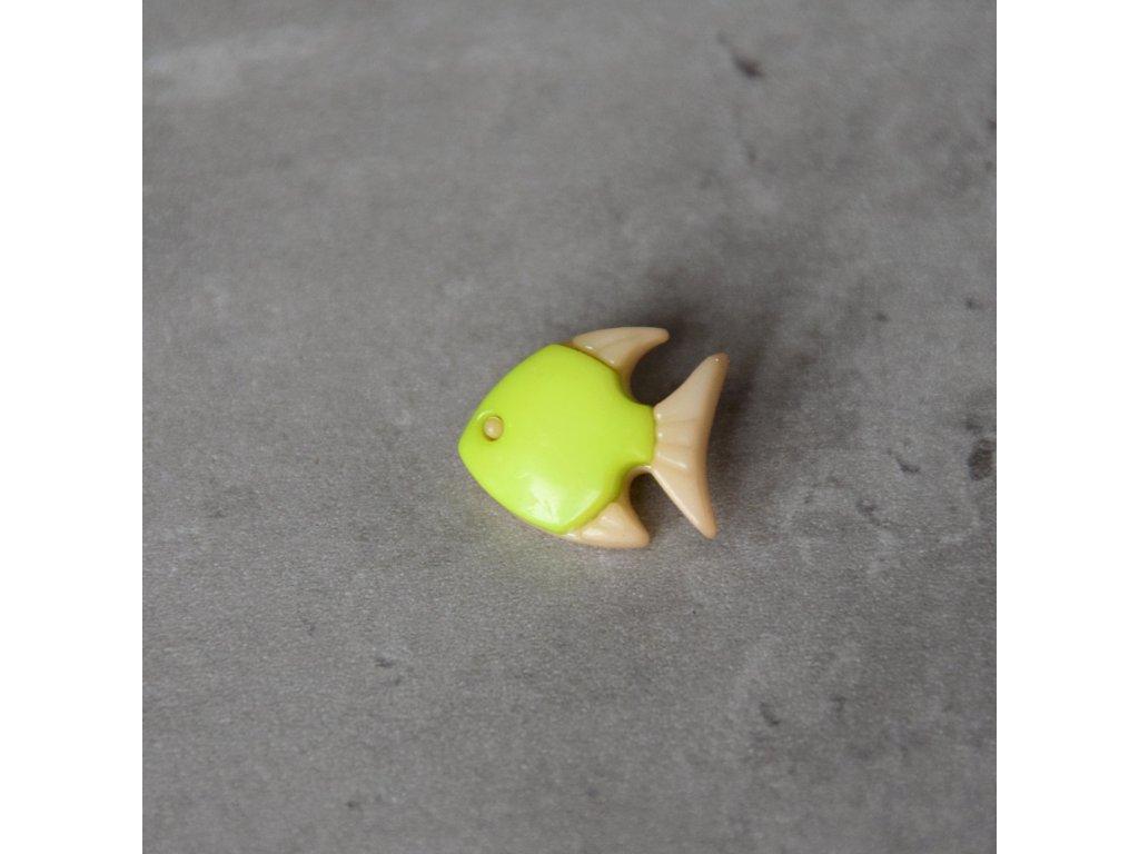 Knoflík - rybka - světle zelená