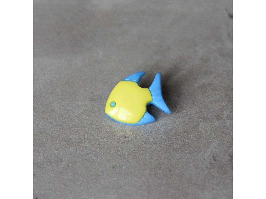 Knoflík - rybka - světle žlutá