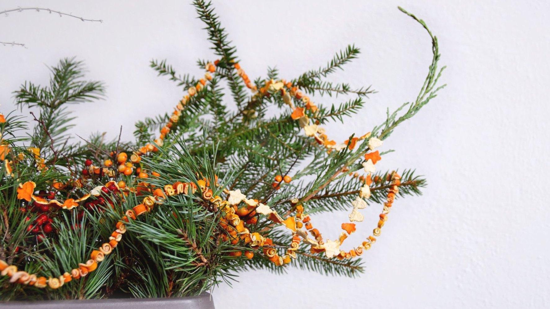 Návod - jak vyrobit vánoční řetěz z pomerančové nebo citronové kůry