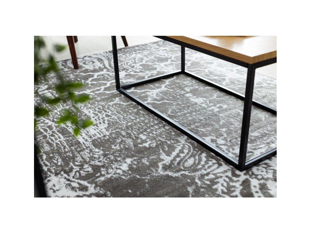 Kusový koberec RETRO HE190 šedý / krémový