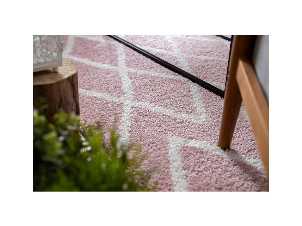 Kusový koberec BERBER BENI růžový
