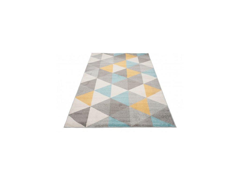 Kusový koberec LAZUR C940M trojúhelníky šedý / žlutý / modrý