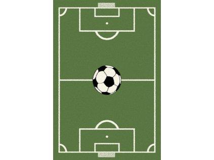 Dětský kusový koberec Agnella Eden Win Fotbalové hřiště zelený