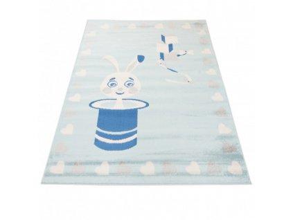 Dětský kusový koberec HAPPY E662A Zajíc v klobouku srdíčka modrý