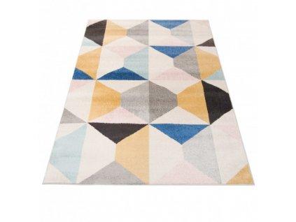 Kusový koberec HAPPY H331A Trojúhelníky vícebarevný