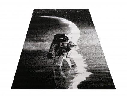Kusový koberec Soho 21 Astronaut šedý / černý